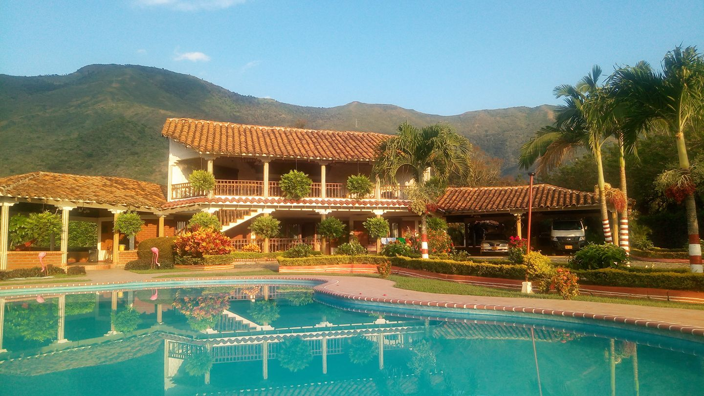Colombie Roldanillo Piscine