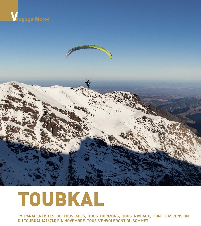 Article PMAG182 Toubkal - 19 parapentistes au sommet
